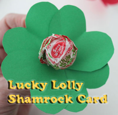 Lollipop shamrock party favor